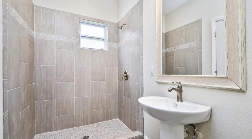 21_bathroom4