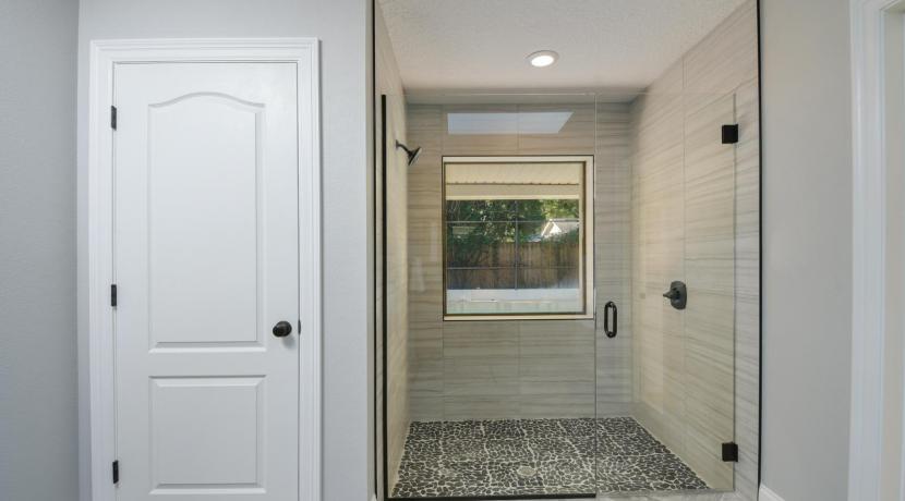 13_bathroom1