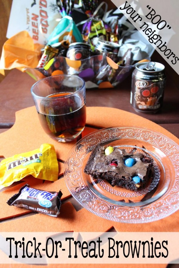 Left over Halloween candy? I have the answer, with these simply delicious trick-or-treat brownies! Or you can make them now, and include them in your BOO basket for your neighbors!  I'll show you have to make trick-or-treat brownies and how to BOO your neighbors! | EverydayMadeFresh.com