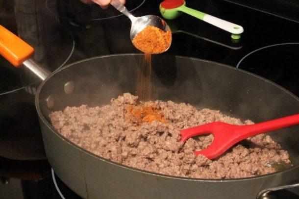 Taco Spaghetti #YesYouCAN #ad | EverydayMadeFresh.com