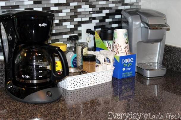 With Dixie® To Go, you can Enjoy Your Favorite Beverage During the Busy Holiday Season without any fuss! #CupForCrushingIt #ad | EverydayMadeFresh.com