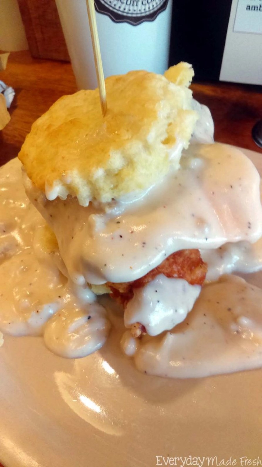 If you're visiting the area and will be Dining Out in Jacksonville FL, Don't Miss Maple Street Biscuit Company! They have the best breakfast/brunch around! | EverydayMadeFresh.com