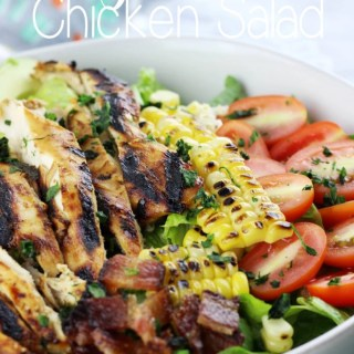 This is for those that aren't fond of salads, like me. This Honey Mustard Chicken Salad is hands down scrumptious! The dressing is simple to make and healthy! | EverydayMadeFresh.com