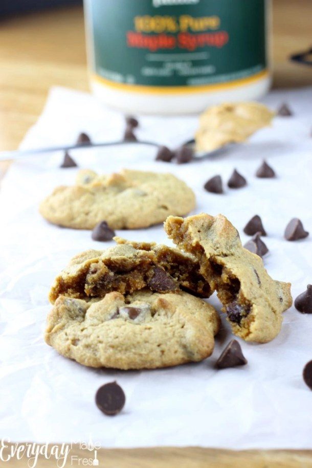 These Gluten Free Peanut Butter Cookies with Chocolate chips are sweetened with maple syrup, and made using only 6 ingredients! | EverydayMadeFresh.com