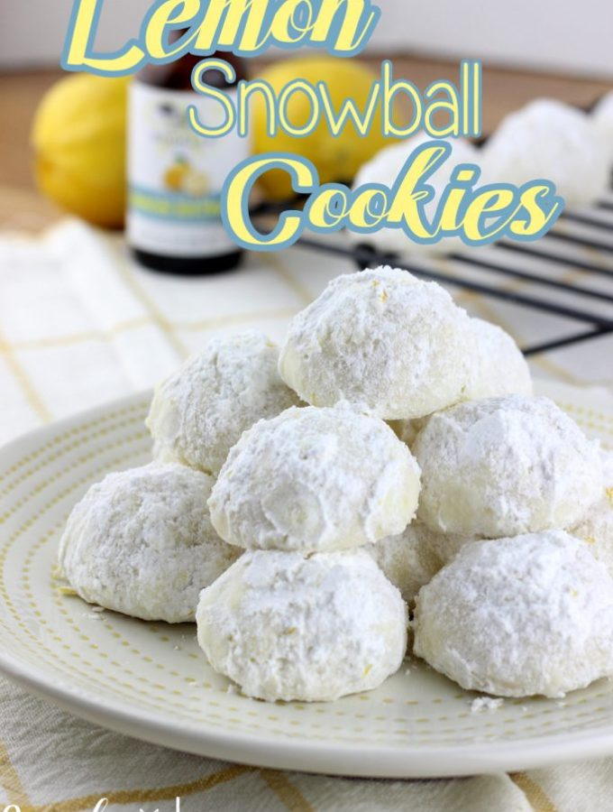 Lemon Snowball Cookies are a really simple cookie recipe that's loaded with a burst of lemon!   EverydayMadeFrseh.com