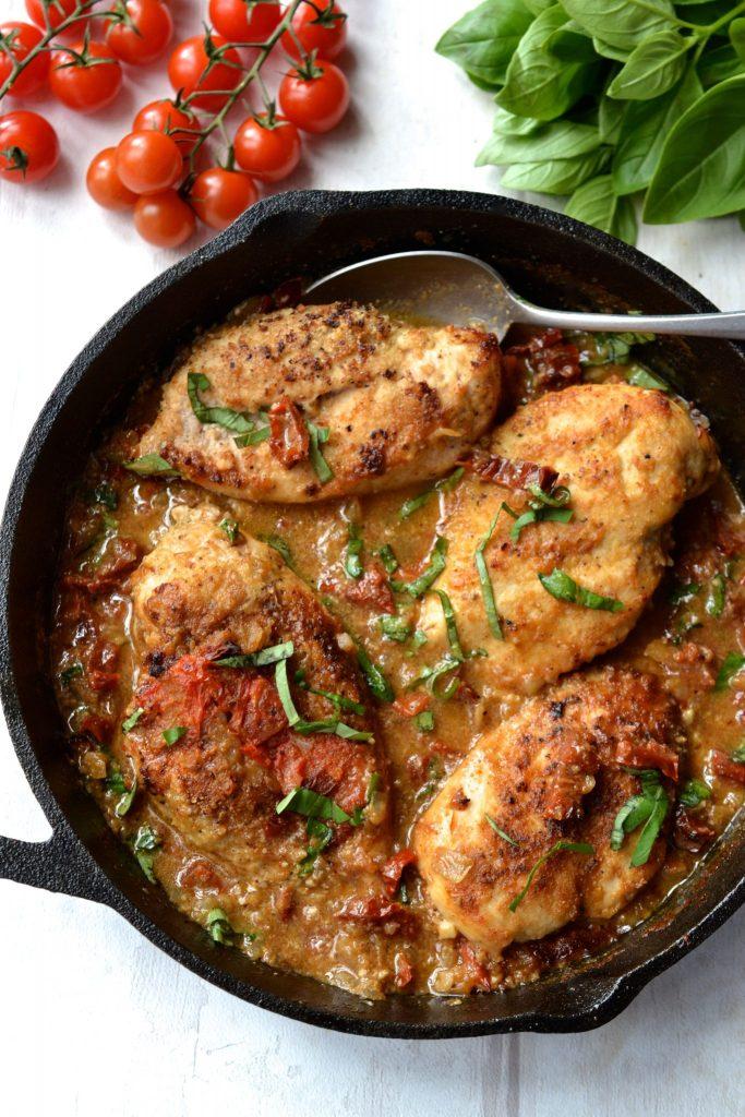 Creamy Sun-Dried Tomato & Basil Chicken