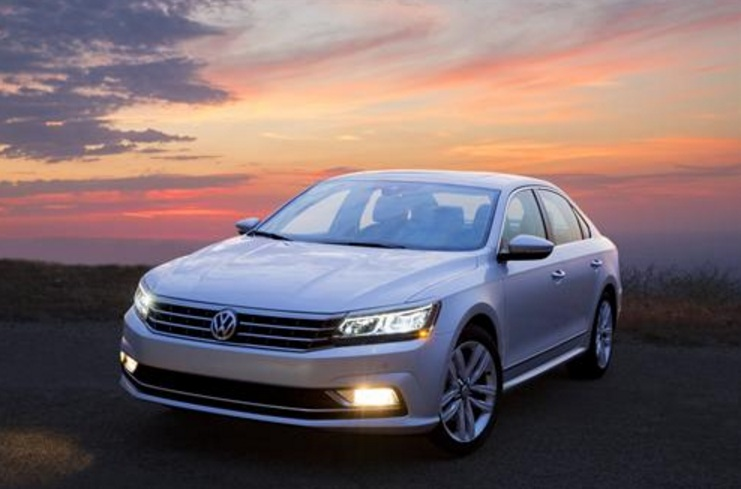 2016 Volkswagen Passat on Everyman Driver