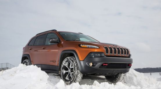 2016 Jeep Cherokee Trailhawk 4x4 on Everyman Driver