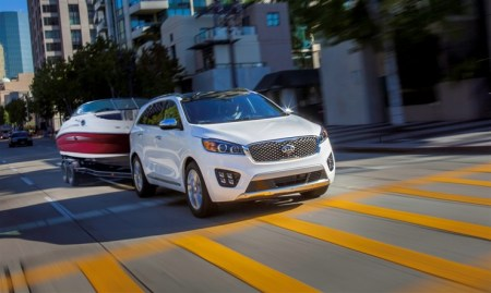2016 Kia Sorento SXL AWD on Everyman Driver
