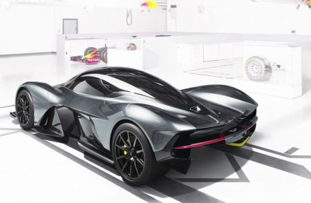 Aston Martin AM-RB 001 Revealed on Everyman Driver 3