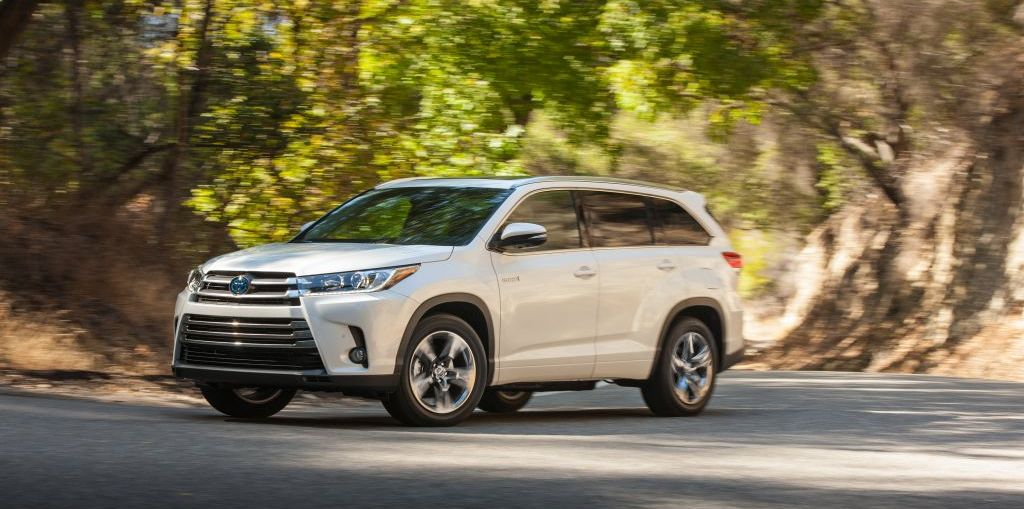 2017 Toyota Highlander First Drive and Review on Everyman Driver