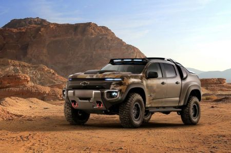 Everyman Driver: Chevrolet Colorado ZH2 Fuel Cell Electric Vehicle Hits the Dirt