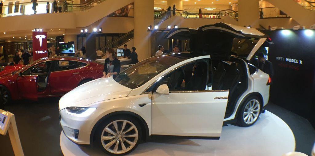 Everyman Driver, Dave Erickson, 2016 Tesla Model X, Hong Kong