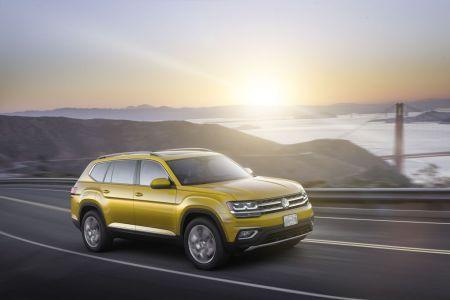 2018 Volkswagen Atlas 7-Passenger SUV First Look Video