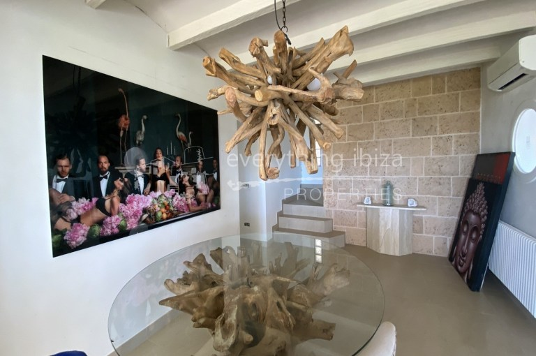 Stylish Cosmopolitan Villa for sale in Ibiza by everything ibiza Properties