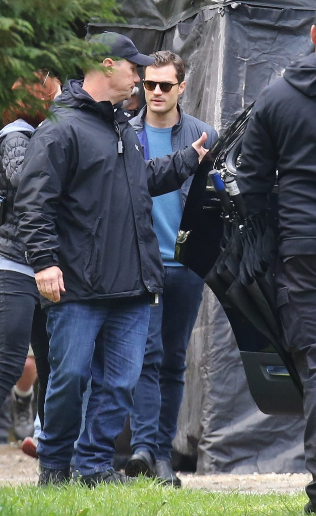 52035424 'Fifty Shades of Grey' cast on the set of the new film in Vancouver, Canada on April 26, 2016.  Melanie, Dakota's mom stopped by to see her while she was getting ready. FameFlynet, Inc - Beverly Hills, CA, USA - +1 (310) 505-9876