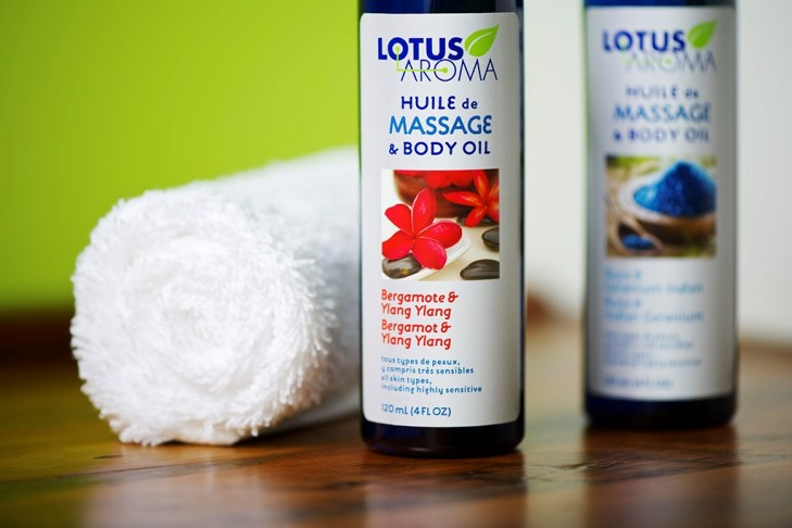 lotus_aroma_-_huile_massage_intro