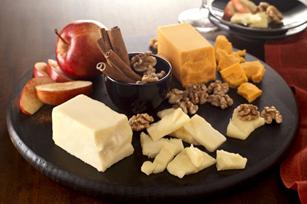 Cinnamon-Apple-Cheddar-Cheese-Board-60290