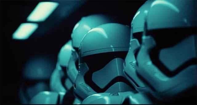 New Star Wars- The Force Awakens International Movie Trailer