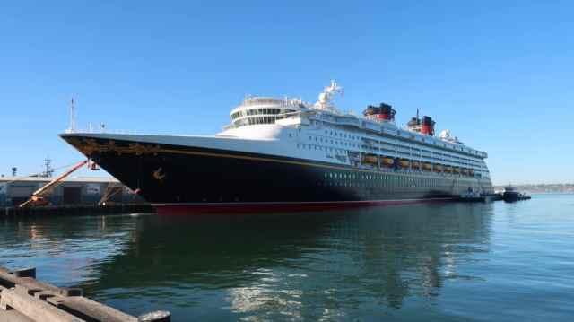 compare the disney cruise ships