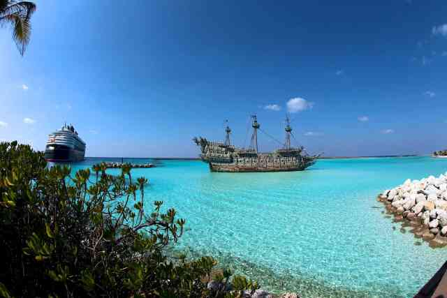 castaway cay flying dutchman ship