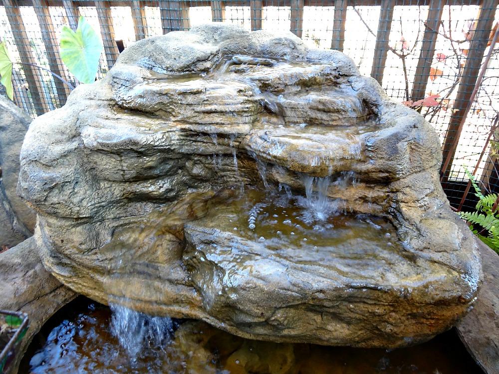 Pond Waterfalls, Backyard & Garden Rock Waterfall Designs on Rock Garden Waterfall Ideas  id=14138