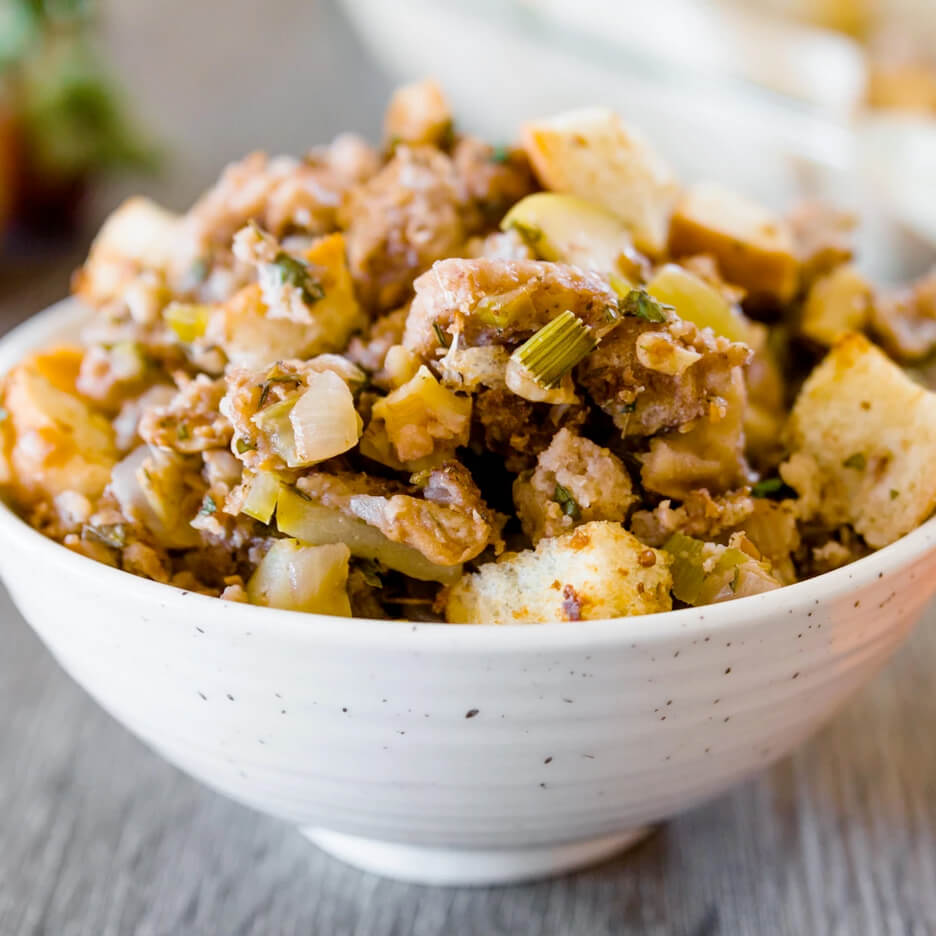whole food stuffing is one of the 21 Best Vegan Christmas Dinner Recipes