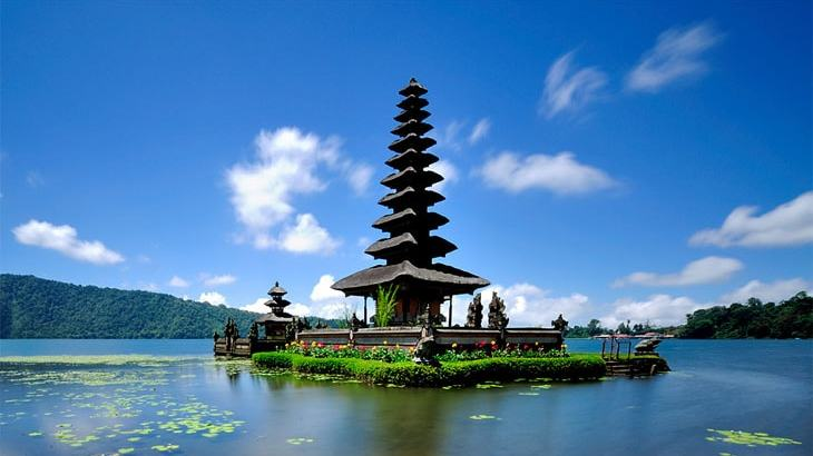 Bali Travel Tips: Customs, Tours, Cuisine and more
