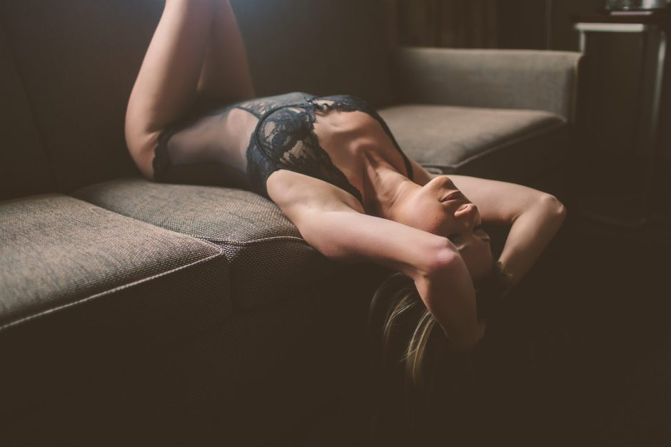One of the sexiest boudoir poses