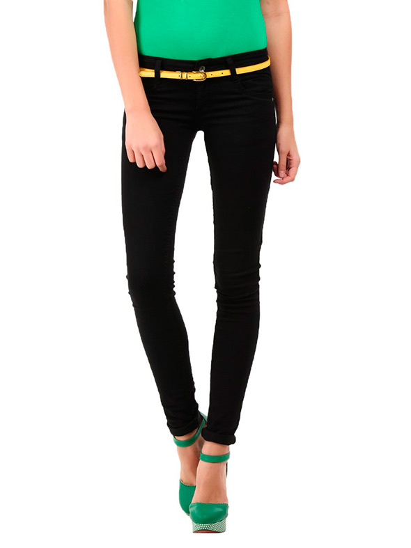 Skinny-fit-jeans-for-women