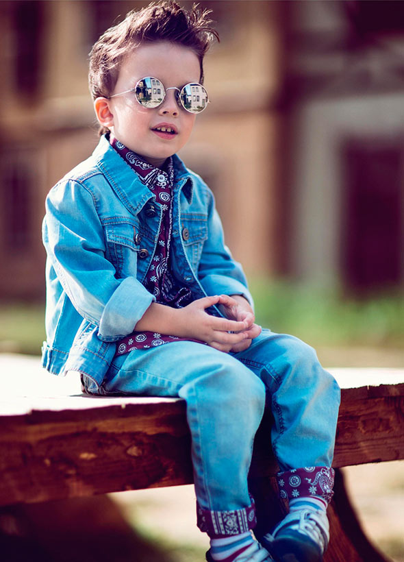 very-stylish-boy-dressed-in-jeans