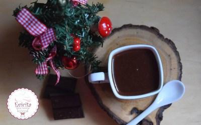 Κρεμώδες Ρόφημα σοκολάτας με γεύση τσουρέκι!!