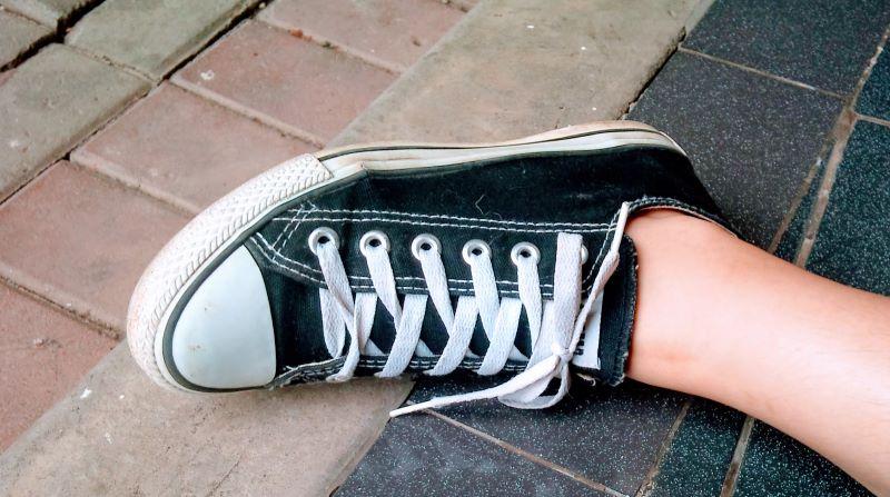 Pengen punya sneaker baru itu keinginan atau kebutuhan