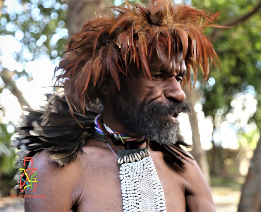 Pria Suku Dani di Kurulu