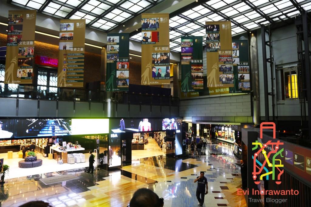 Pusat Perbelanjaan Menara Macau