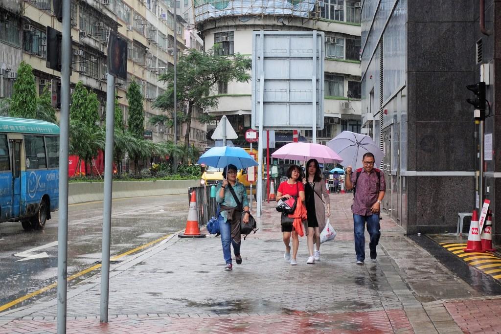 Hong Kong di Bawah Hujan