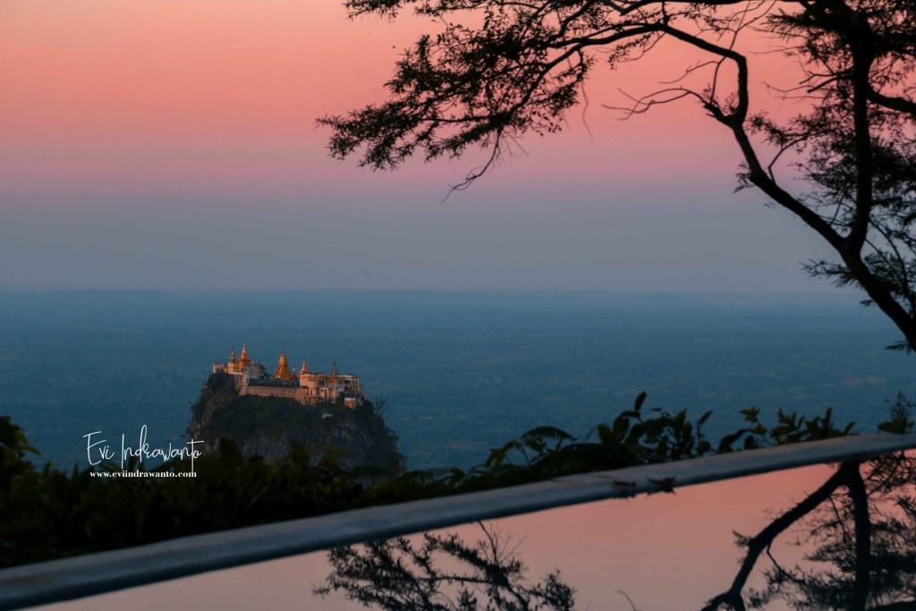 Foto Sunrise dari Popa mountain Resort
