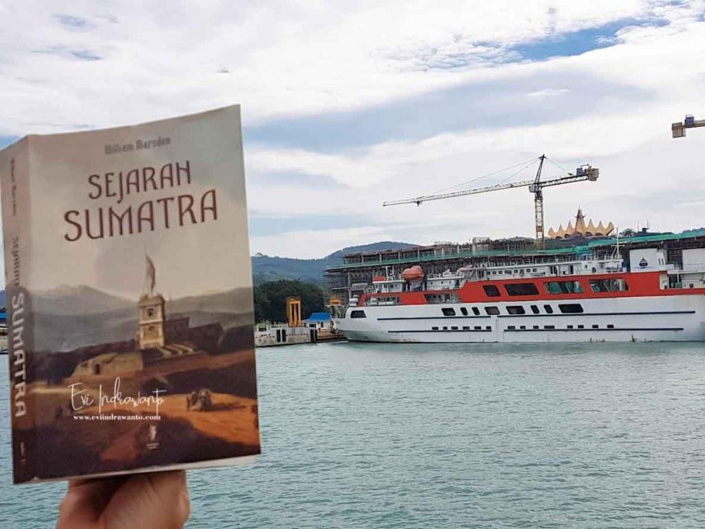 Buku Sejarah Sumatera