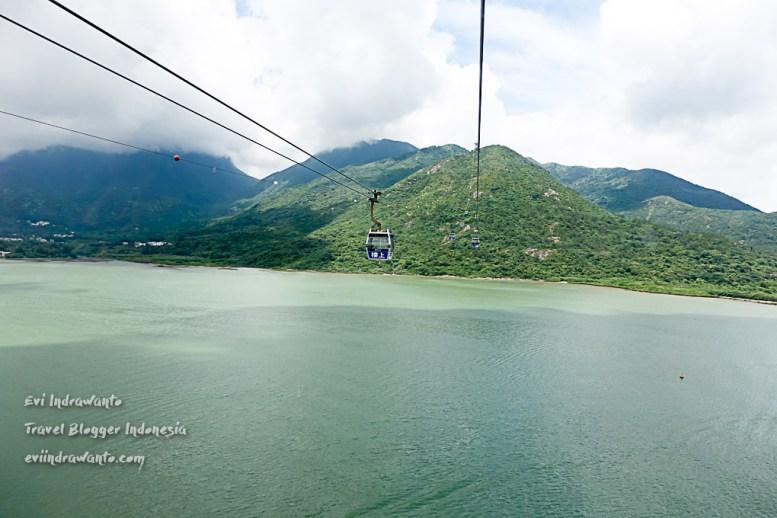 Pemandangan lepas ke Teluk Tung Chung