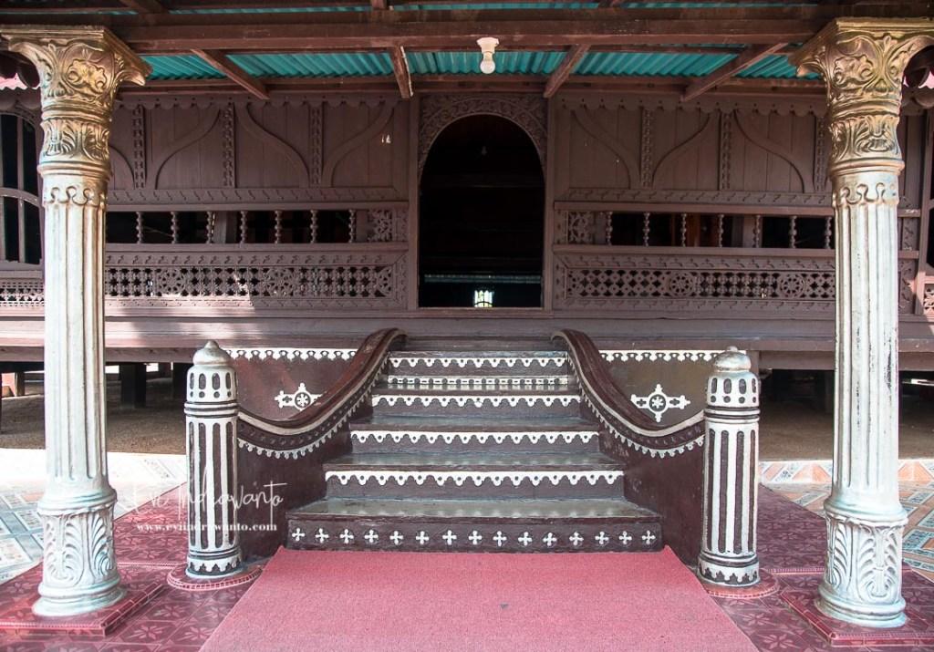 Tangga Masjid