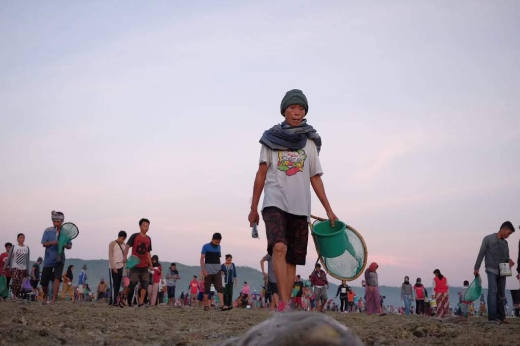 Festival Bau Nyale Lombok dari Dekat