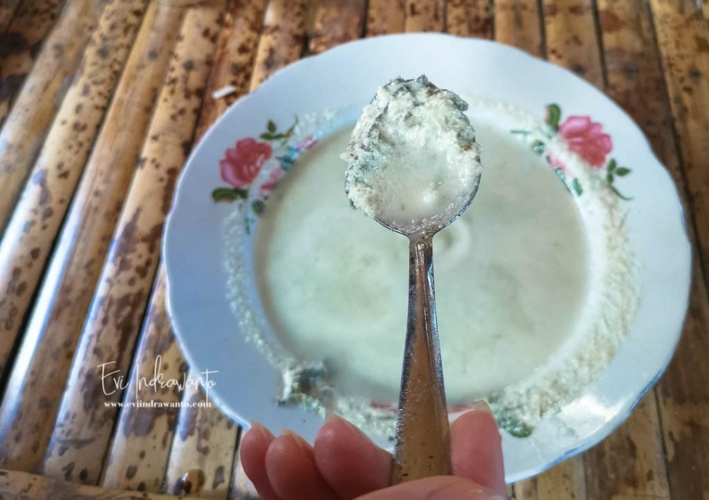 Bumbu Santan salah satu cara memasak Nyale