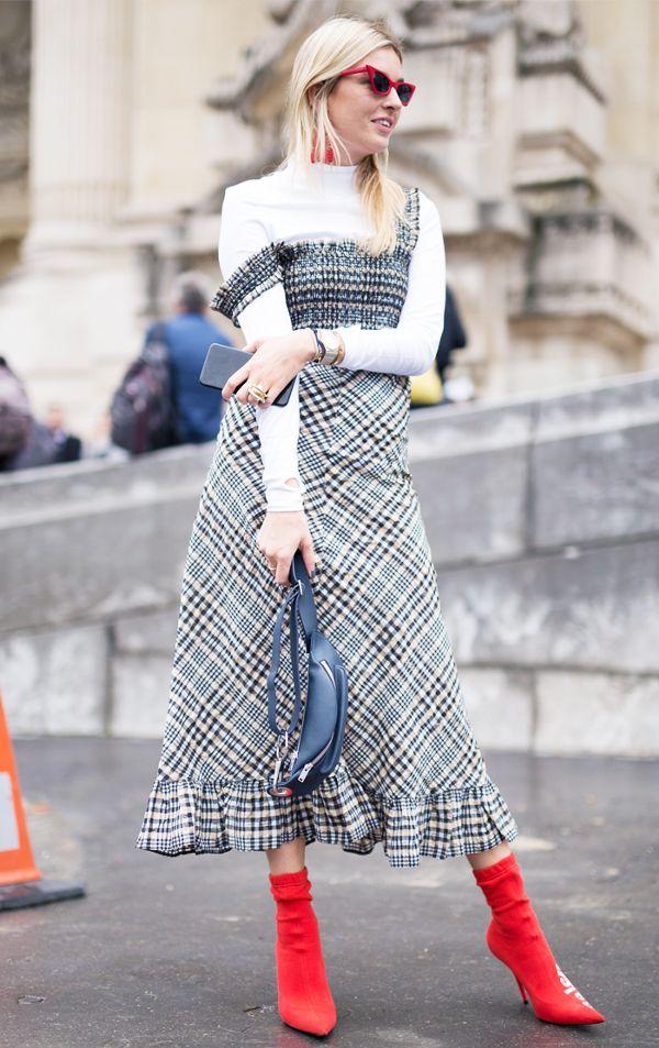 21b62da3504 Πώς να φορέσετε τα καλοκαιρινά σας φορέματα και αυτήν την εποχή ...