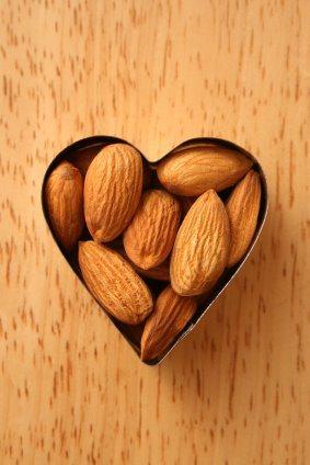 almonds-747653
