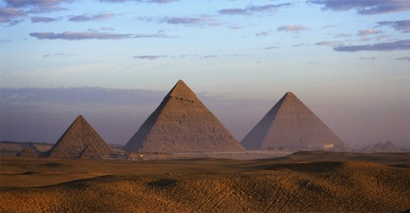 pyramids660