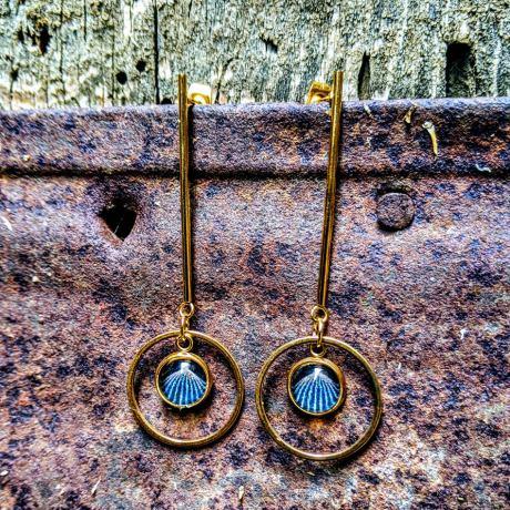 boucles tiges dorées art deco bleue(1)