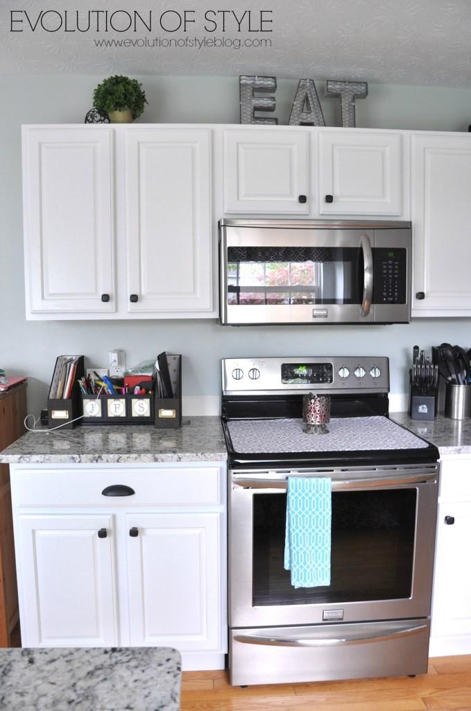 super white kitchen after10