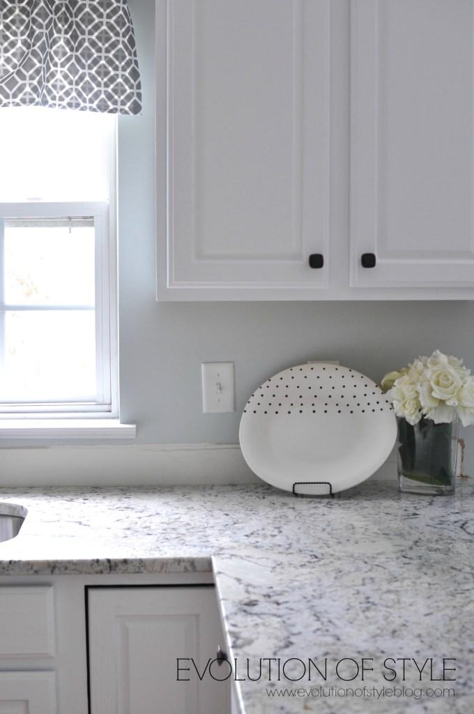 super white kitchen after2