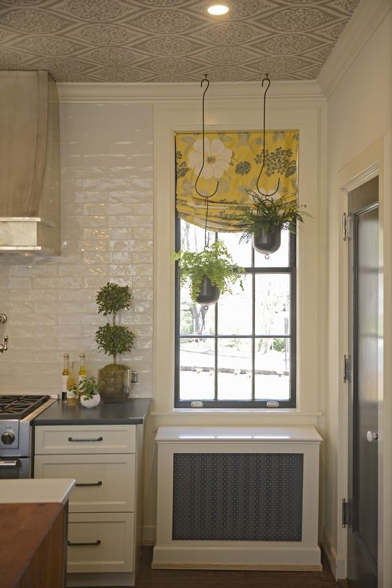 Julian Price Showhouse Kitchen Nook