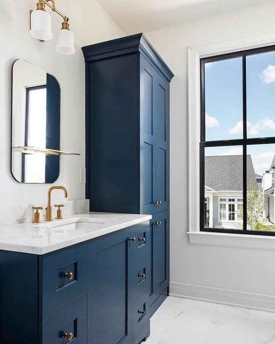 Gentleman's Gray Bathroom